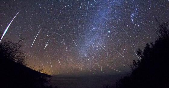 hujan meteor,astronomi,fenomena alam