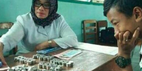Eka Duta menabung uang recehan sejak SD agar bisa mendaftar MAN