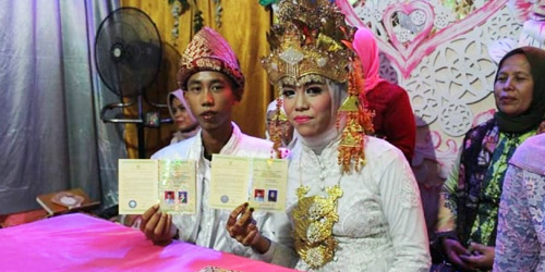 Amanda Safitri,Muhammad Fitrah Rizky,siswa SMP,menikah