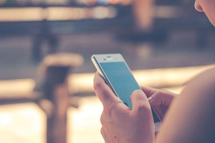 Hanya gunakan aplikasi end-to-end encrypted untuk kirim Pap foto seksi ke pacar