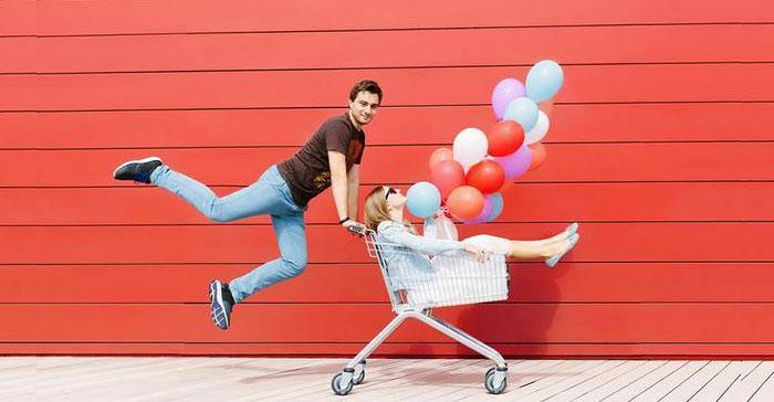 Pasangan kreatif dan bahagia