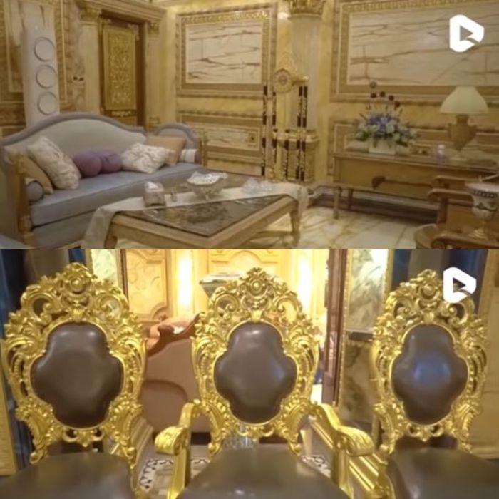 Interior rumah lapis emas