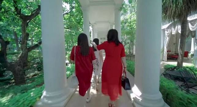 Potret lorong di rumah mewah Hary Tanoe