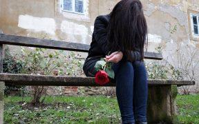 Ciri- ciri hubungan toxic relationship