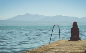 Ciri- ciri kepribadian introvert