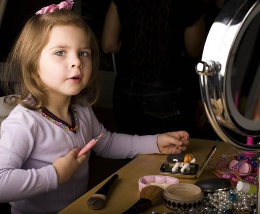 8. Dilema saat kegiatan make up di rumah