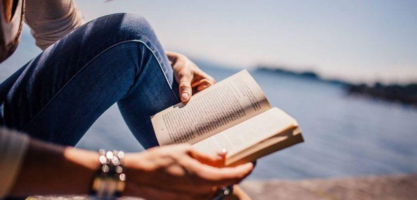 Referensi buku untuk berdama dengan diri sendiri dan masa lalu