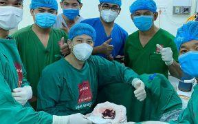 Dokter menemukan lintah di kandung kemih seorang pria