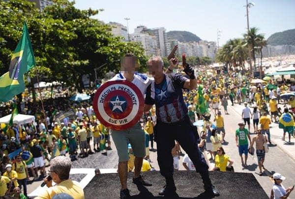 Pawai di Brazil ramai di tengah penyebaran corona