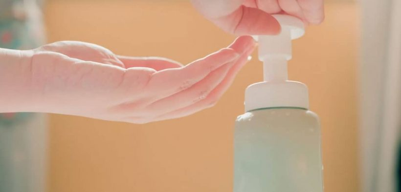 Cara membuat hand sanitizer alami di rumah