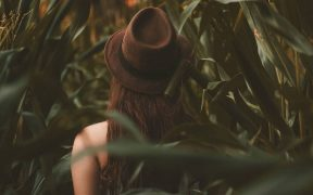 Alasan introvert sulit mendapat pasangan