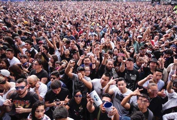 Konser di Meksiko berlangsung meriah